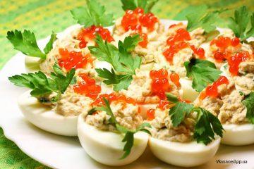 яйца-с-красной-икрой-фш