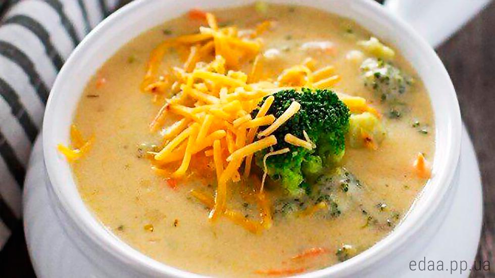 sup-sirniy-brokkoli-gribi