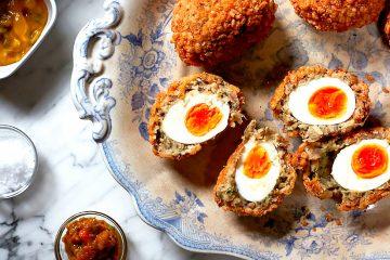Закуска из яиц по-шотландски к пасхе
