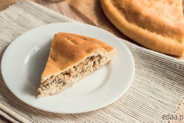 Сочный пирог с курицей и грибами