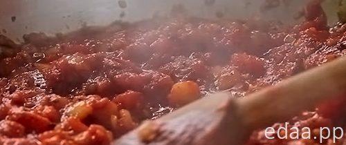 Курочка с моцареллой в томатном соусе